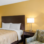 Quality Inn & Suites Laurel guest room with single bed